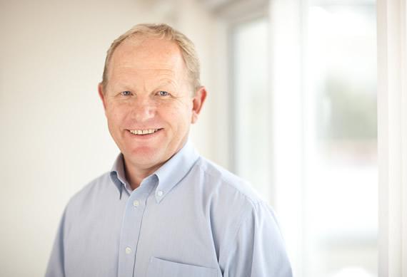 Dr Jonathan G. Pearce