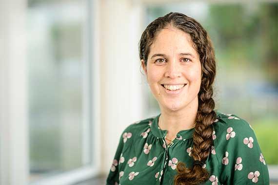 Dr Laura Harrison